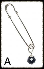 Sjaalspeld - A met zwart kraaltje
