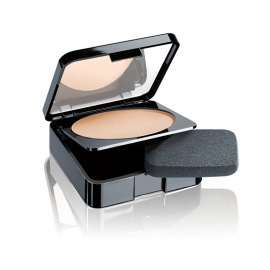 Malu Wilz Compact Powder Natural Light Beige, Nr. 10