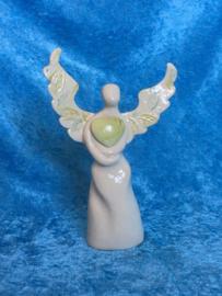 Natuurengel van het helende hart (met groene opaal)