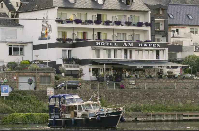 cochem-hotel...fen-1-moezel.png