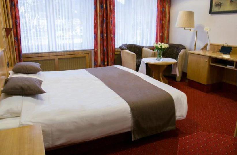 cochem-hotel...fen-3-moezel.png
