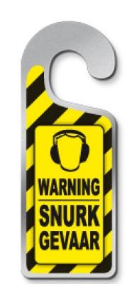 Deurhanger 'warning snurkgevaar'