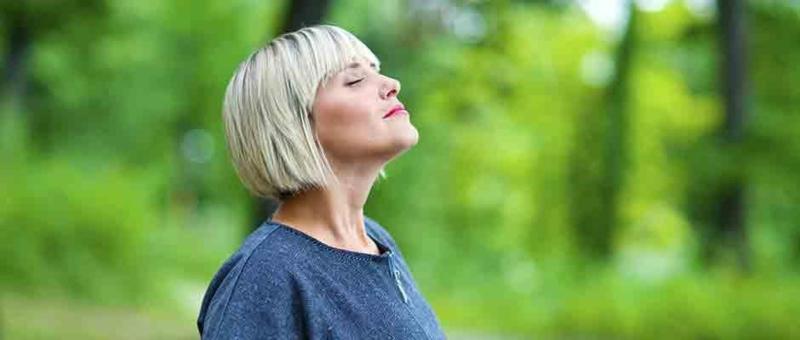 Train je middenrifspier voor een sterkere ademhaling.