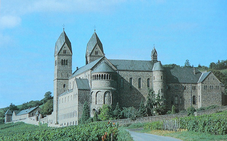 Abtei_St._Hildegard_Eibingen.jpg