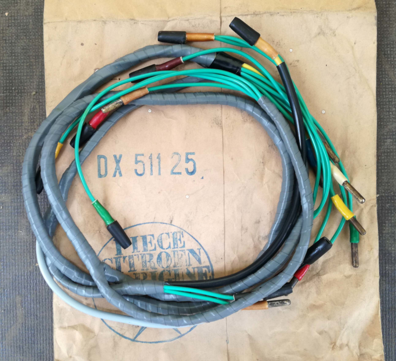NOS wiring harness | Group 5: Instrument panel, Accessoires, Signalling,  Lighting, Wiring | Citroën André SparepartsCitroën ID and DS Models