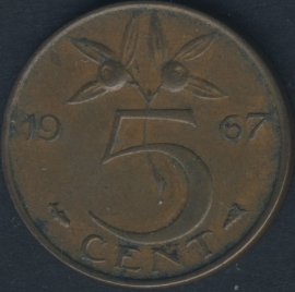 5 Cent 1967 leaves touch edge