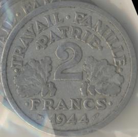 Frankrijk #KM904.1 2 Francs 1944 Vichy