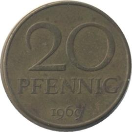 Oost Duitsland KM11 20 Pfennig 1969A-1990A