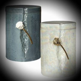 Cremation ashes Urn with a rose