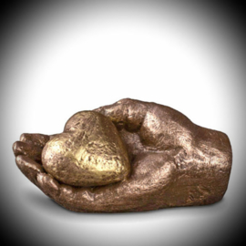 Keepsake hand with heart (bronze)