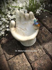 Ceramic birdbath xl hand with bird