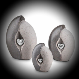 Keramische urn met hartje Grijs