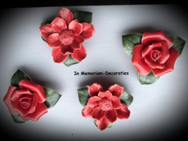 Ceramic flowers set of 4