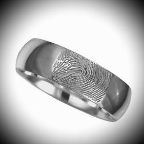 Zilveren ring met vingerafdruk