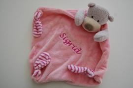 Tuttelpopje / knuffelpop beer met naam, roze