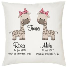 Geboortekussen tweeling *Giraffe 2 meisjes*