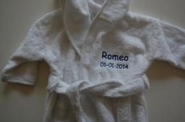 Kinderbadjas 2 tot 4 jaar met naam en/of geboortedatum, wit