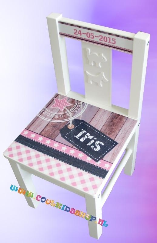 Stoer stoeltje met naam meisje (ook in jongensvariant verkrijgbaar)