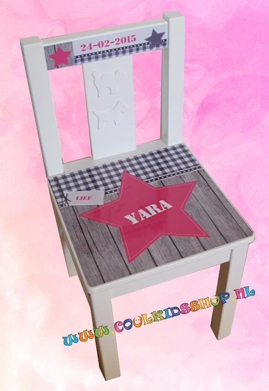 Stoer stoeltje met naam meisje (roze)