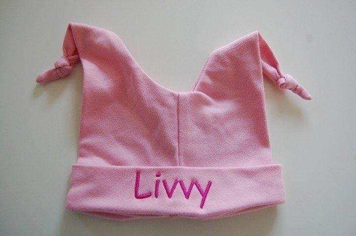 Babymuts met knoopjes maat 50-56, licht roze