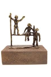 Urn brons - bronzen beeldje - sculptuur - vreugde in ons hart voor altijd - 17 cm hoog - Martinique