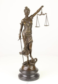 Sculptuur brons - Lady of justice