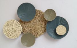 Metalen wanddecoratie - wanddeco - cirkels - 46 x 68 cm --
