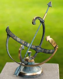 Zonnewijzer - bronzen wijzer - Sundir Helios