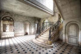 120 x 80 cm - Glasschilderij - schilderij fotokunst - verlaten gebouw - trappenhuis - foto print op glas  --