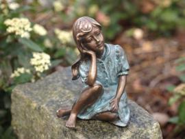 Beeld brons - Denkend Meisje - Bronzartes - 13 cm hoog - voor huis en tuin