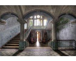 160 x 110 cm - Glasschilderij - Verlaten gebouw - schilderij fotokunst - foto print op glas