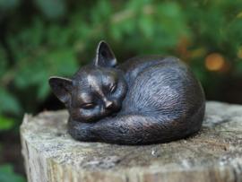 Tuinbeeld - bronzen beeld - slapende kat - Bronzartes