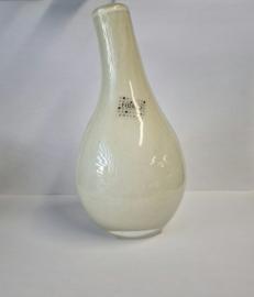 Design vaas Pisa - Fidrio sparkling creme - Bloemenvaas glas, mondgeblazen - hoogte 19 cm --