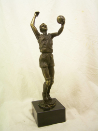 bronzen beeldje - sculptuur - sport - volleybal - Martinique --