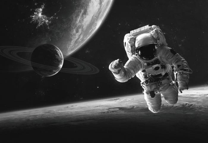 160 x 110 cm - groot Glasschilderij - schilderij fotokunst - astronaut ruimtewandeling - foto print op glas