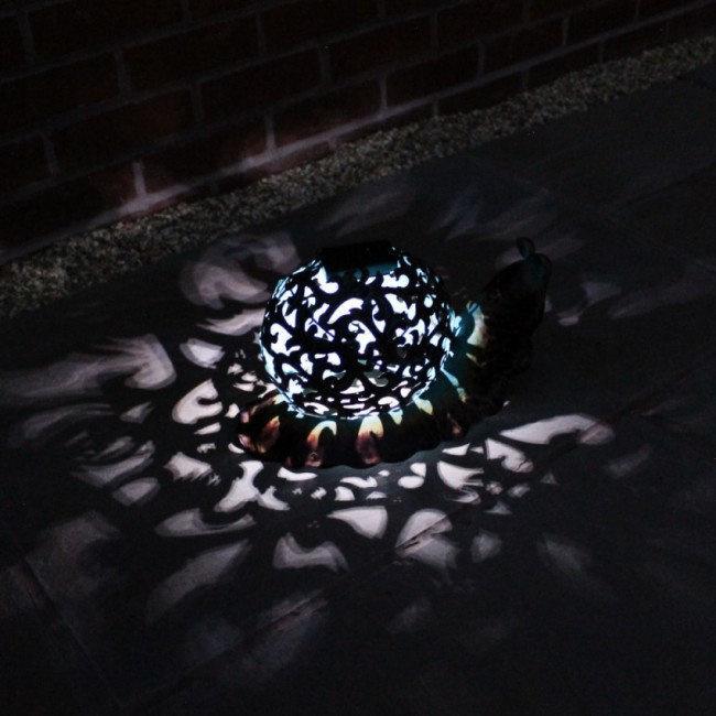 Beeld metaal - Tuinbeeld - beeld solar slak - 20 cm hoog --