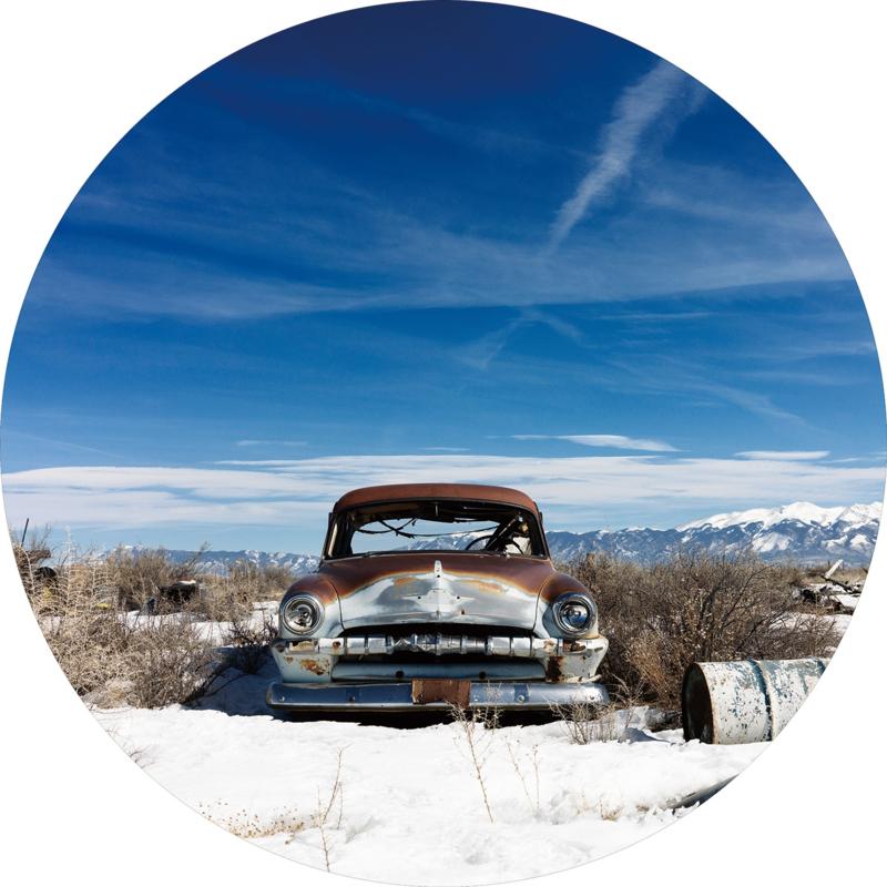 80 cm rond - Glasschilderij - rond schilderij fotokunst  - Verloren auto - foto print op glas