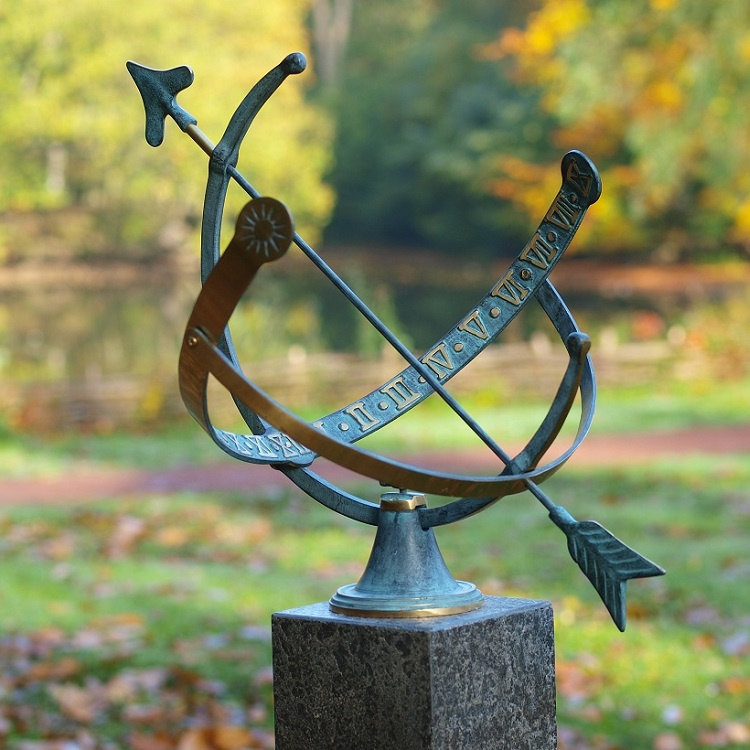 Zonnewijzer - bronzen wijzer - Sundir Hemera