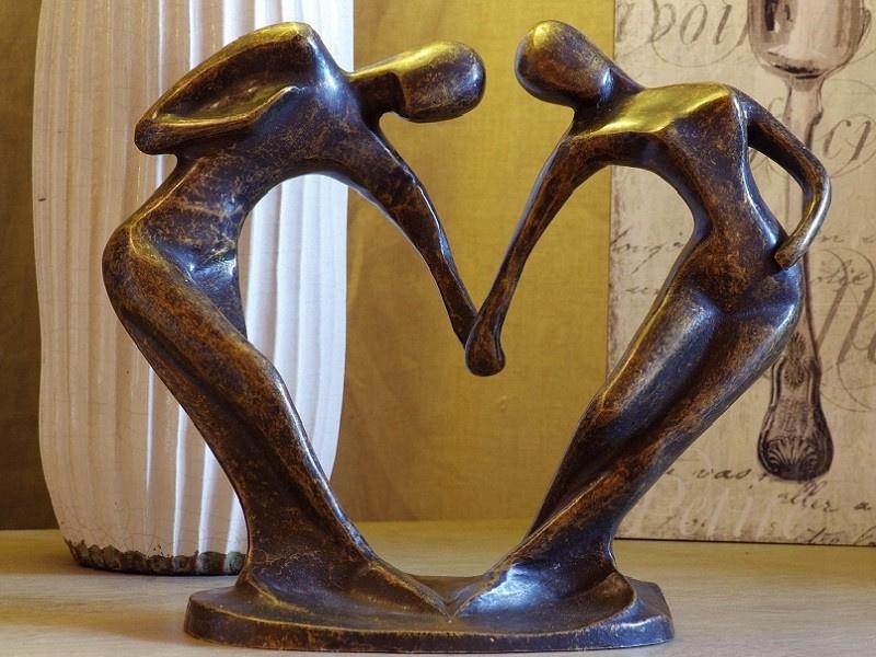 Tuinbeeld brons - beeld  Modern Romantiek - Bronzartes
