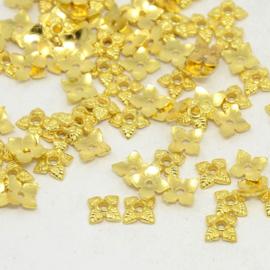C320- ca. 100 stuks metalen kralenkapjes 6x6mm goudkleur
