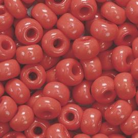 RK11- Boheemse rocailles Ø 5 mm karmijn rood - 17gr in een doosje