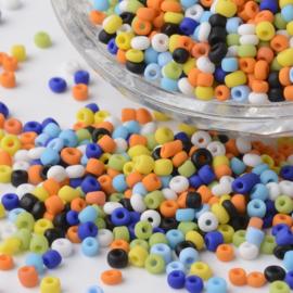 C383- 50gram glazen rocailles 2-3mm kleurenmix