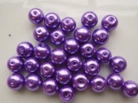 P.50- 30 stuks glasparels 10mm paars/lila
