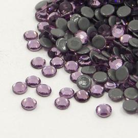 1440 stuks hotfix strass steentjes SS10 2.8mm light amethyst - AA-kwaliteit