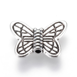 C351- 12 stuks zwaar metalen kralen vlinders 10.5x14mm