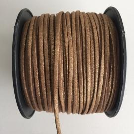 3 meter faux suede veter van 3mm breed goudbruin met glitter