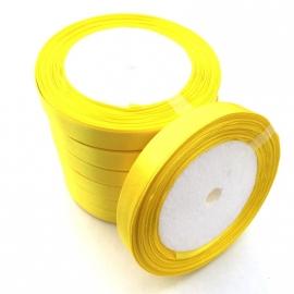 rol met 22.86 meter satijnlint van 10mm breed geel - super aanbieding!