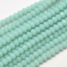 C338.E- ca. 150 stuks facet glaskralen rondelle 4x3mm pale turquoise
