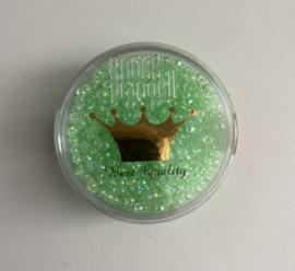 RK4- Miyuki rocailles Ø 2 mm lichtgroen iris - 15gr in een doosje