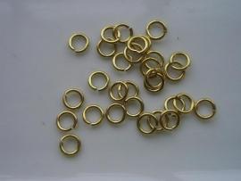 ruim 200 stuks enkele ringetjes van 5mm goudkleur